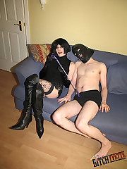 Tranny dominatrix suck gimps cock and recieves some foot worship